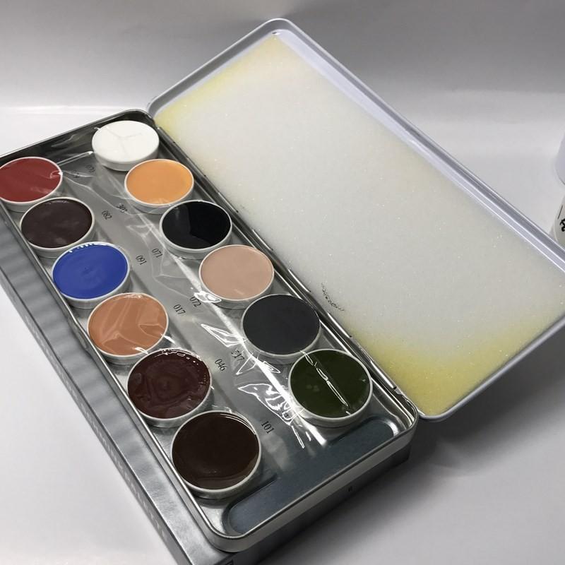 پالت میکاپ 12 رنگ کریولان - KROYOLAN